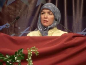 Dr. Ingrid Mattson of ISNA giving speech at Interfaith Gathering at DNC 2008